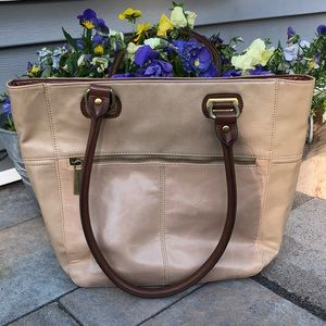 Tignaello Perfect Pockets Leather Tote